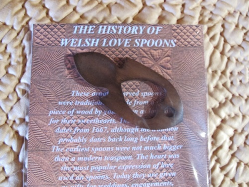 love_spoon_close
